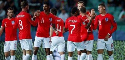 Entre saludos nazis y hostilidad, Inglaterra goleó a Bulgaria y al racismo