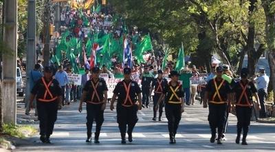 """HOY / Campesinos molestos por desalojos """"represivos y violentos"""", anuncian movilizaciones"""