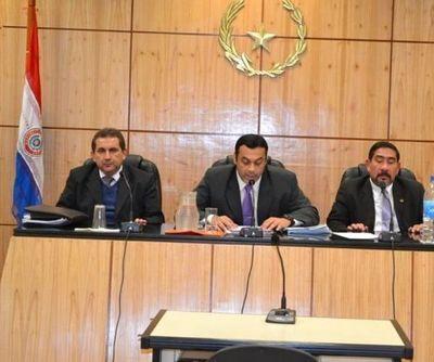 Sectores judiciales critican lenguaje inapropiado del tribunal que juzgo a joven abusador