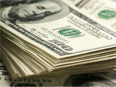 Advierten que suba del dólar puede frenar la reactivación económica
