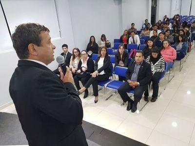 Gremio de contadores buscará ley de matriculación profesional