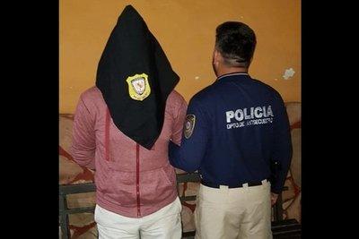 Amenazaba con publicar videos íntimos y fue detenido