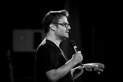 El venezolano Luis Chataing trae su show al Teatro Latino
