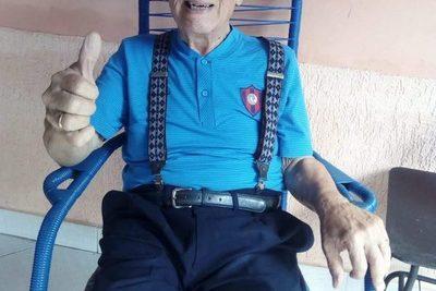 Senado aprueba aumento de pensión para Carlitos Vera
