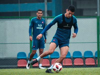 Marcos Cáceres prolonga su regreso a las canchas