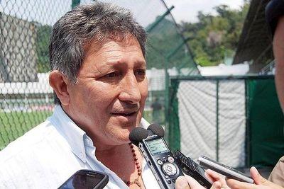 Romerito anuncia que no va a renunciar a la pensión graciable