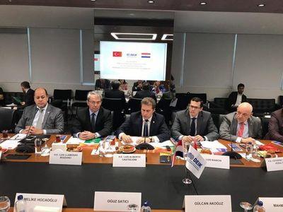 Prosiguen los acuerdos para fortalecer comercios con Turquía