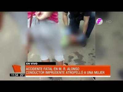 Conductor imprudente mata a una mujer