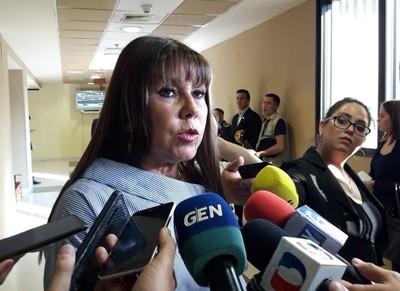Diputada presentará proyecto de derogación de la ley que concede las pensiones graciables