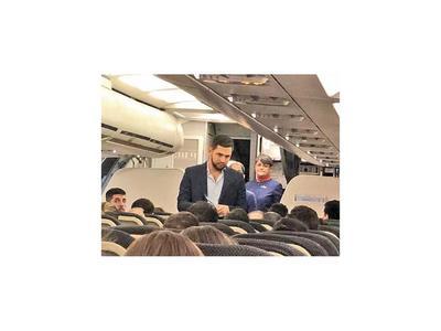 Joselo Rodríguez fue escrachado en un avión