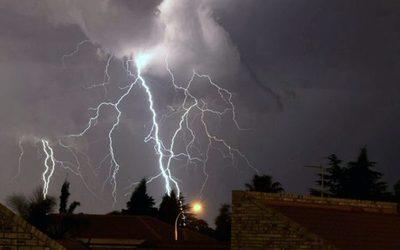 Lluvias con tormentas eléctricas para este viernes