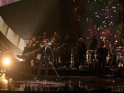 Marc Anthony rinde tributo al fallecido cantante José José