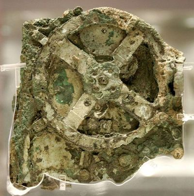 Arqueólogos griegos encuentran nuevos tesoros en el naufragio de Anticitera