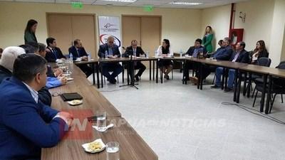 GOBERNADORES SE REUNIERON CON EL CONTRALOR GENERAL DE LA REPÚBLICA