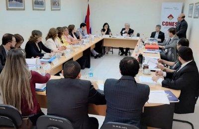 Cones: Presidente del TEI admite que elecciones se basan en reglamento interno
