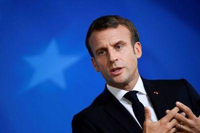"""Macron insiste en no retrasar el """"brexit"""" más allá del 31 de octubre"""