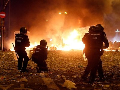 El caos se apodera de  Barcelona en masiva protesta independentista