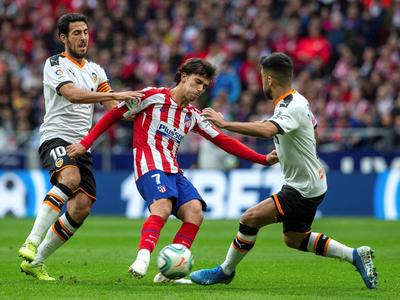 Atlético Madrid no pasa del empate ante Valencia