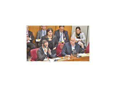 Ayala advierte sobre riesgo de aumentar los suplentes
