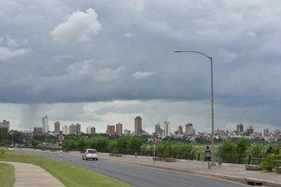 Domingo caluroso y con posibilidad de lluvias, pronostica Meteorología