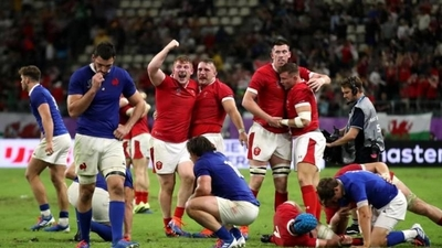 HOY /  Gales pasa a semifinales al vencer a Francia en choque muy equilibrado