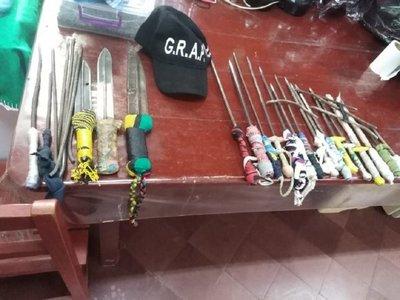 Incautan puñales y estoques de la cárcel de Coronel Oviedo