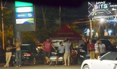 HOY / Consumo de alcohol, música y ocupación de veredas: piden controlar excesos en horario nocturno