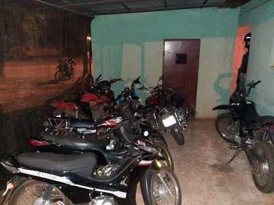 INCAUTAN AL MENOS 8 MOTOCICLETAS DURANTE  CONTROL EN KA'AGUY RORY