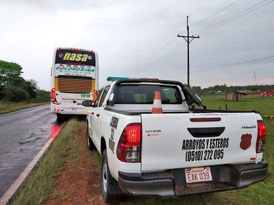 Disparan contra bus del Deportivo Capiatá en Arroyos y Esteros