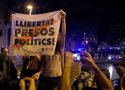 Protestas en Cataluña presionan a P. Sánchez