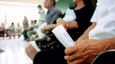 HOY / Gobierno propone menor jubilación: monto será calculado por 10 años de aporte y no 3