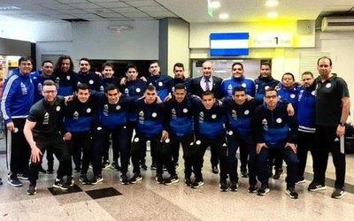 Albirrojos viajaron a Chile para disputar la Copa América