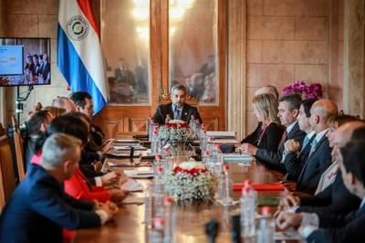 Primera sesión pública del consejo de ministros