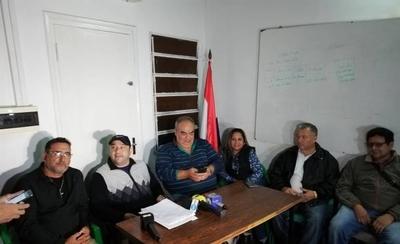 HOY / Guardiacárceles acatan amparo y postergan huelga