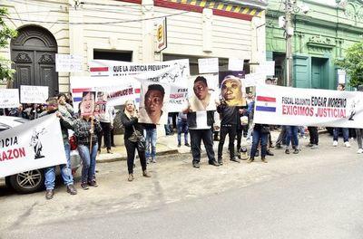 Manifestación contra fiscalía
