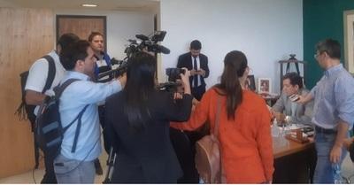 Senador adelanta que mediarán ante Parlamento finlandés en caso Arrom y Marti