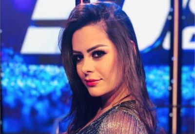 """HOY / ¿Quién quiere con Larissa Riquelme?, ella aclara: """"No me gustan las mujeres"""""""