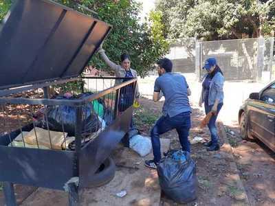 """Piden a vecinos que ayuden a utilizar los """"cestos de basura comunitarios"""""""
