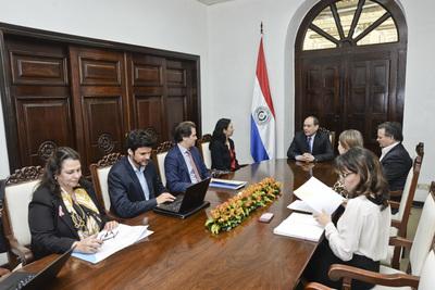 Cooperación del PNUD con el Paraguay se refuerza con visita de administrador del organismo