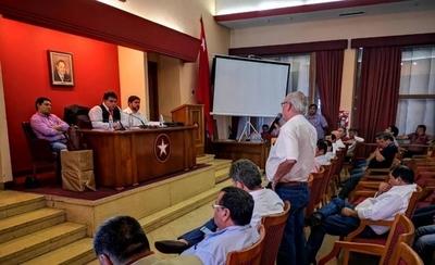 HOY / Consejo de presidentes de seccionales (oficialista) tras 30 mil firmas pro reelección