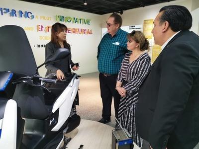 González Vaesken firma acuerdos en Taiwán para mejorar sistema de salud