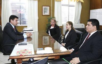 """Presidente de Indert habla de comisiones que se crean para """"delinquir"""""""