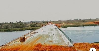 Construcción del puente Minga- Hernandarias entra en su fase final