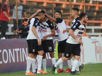 General Díaz le ganó 3-1 al Deportivo Capiatá