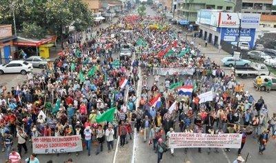 Campesinos listos y policías alertas ante marcha de la FNC