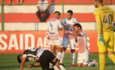 HOY / San Lorenzo deja a Santaní con un pie en la Intermedia