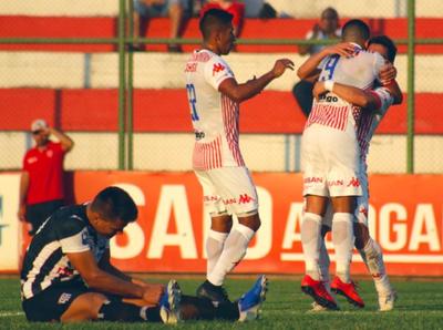San Lorenzo vence a Santaní en parejo juego