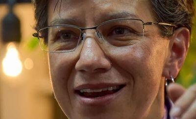 Bogotá elige a su primera alcaldesa, una lesbiana símbolo anticorrupción