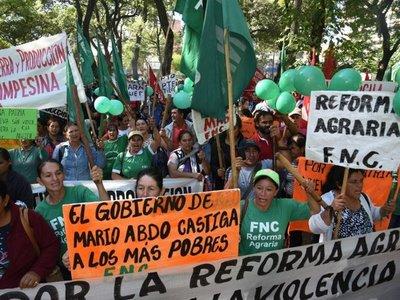 FNC pide respuesta concreta a 800 amenazas de desalojos y represión