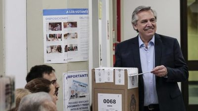 Alberto Fernández se impone en Argentina